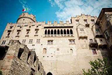 Ncc per visita al castello di Trento